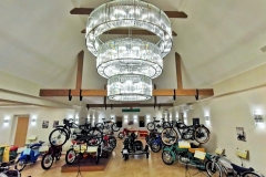 Kaali-Kali-museum-auto-motor-chandeliers-kristalycsillar-Luchiante-10