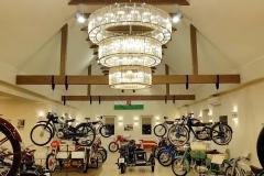 Kaali-Kali-museum-auto-motor-chandeliers-kristalycsillar-Luchiante-2