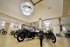 Kaali-Kali-museum-auto-motor-chandeliers-kristalycsillar-Luchiante-8