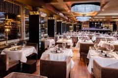 Spoon-The-Boat-restaurant-Luchiante-Crystal-kristalycsillar-3a-min